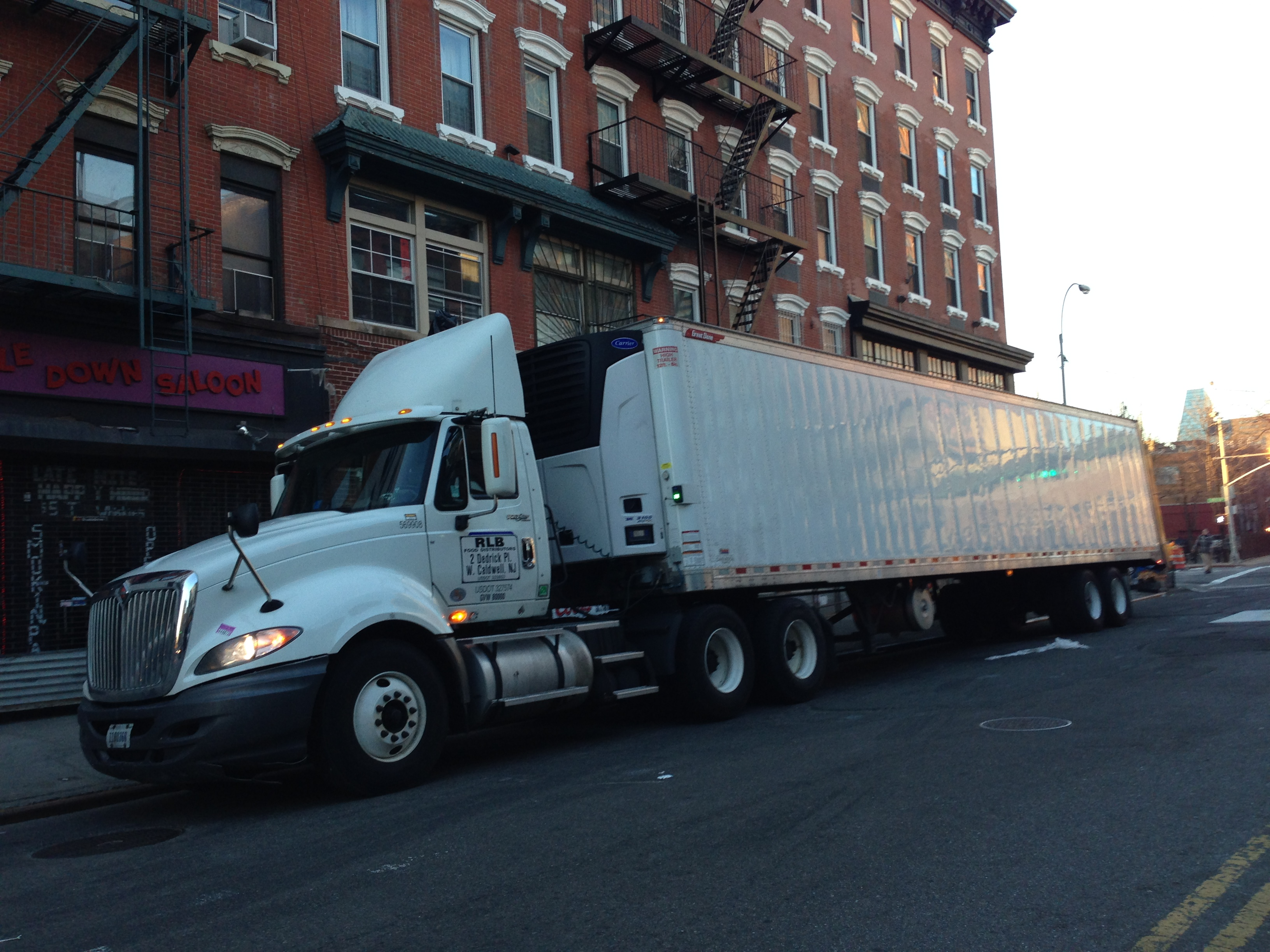 Size and Weight Restrictions for Trucks and Commercial vehicles in NYC